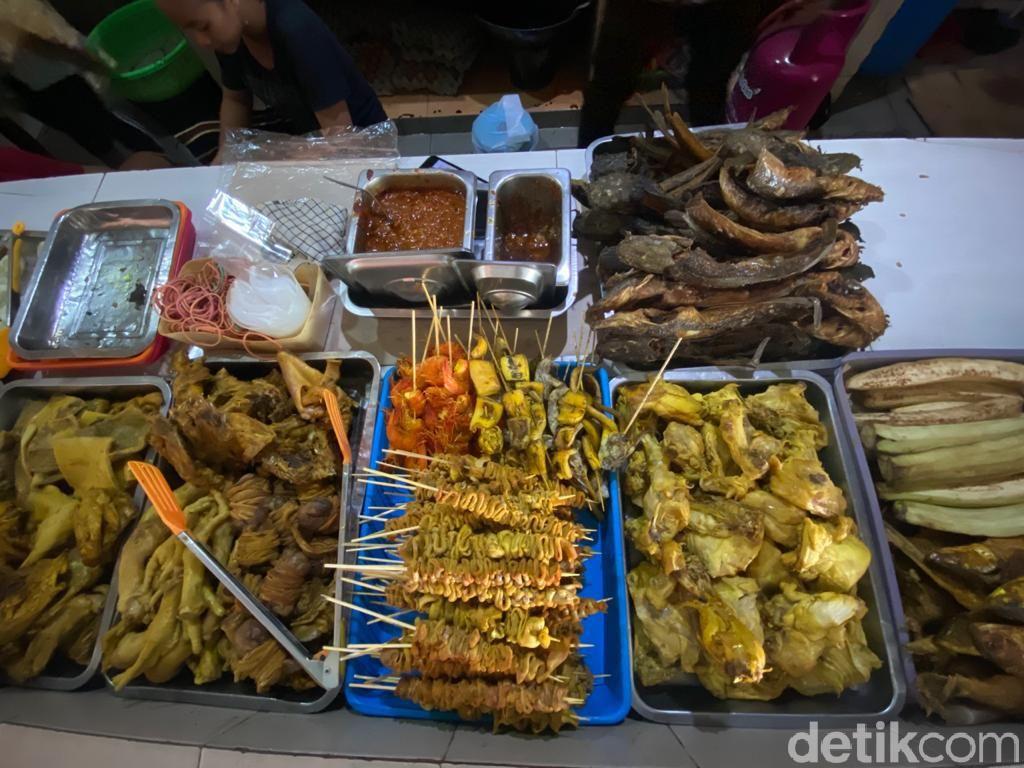 Penyetan Bang Ali: Huahh! Penyetan Surabaya dengan 3 Level Sambal Puedes Poll