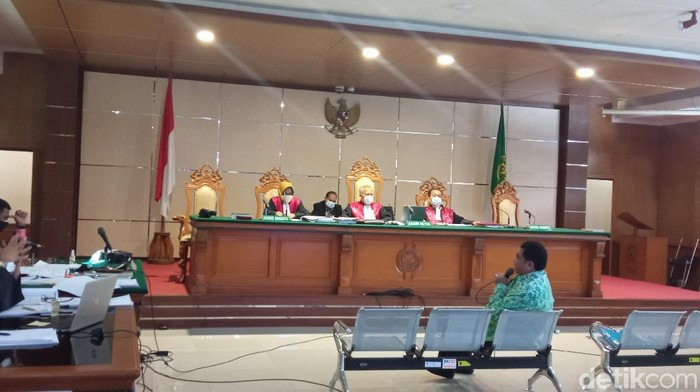 Sidang korupsi RTH Bandung.
