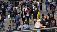 Corona Naik, Warga AS yang Sudah Divaksin Diminta Tetap Pakai Masker