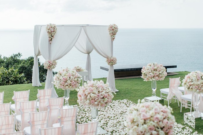 Wedding flower ceremony