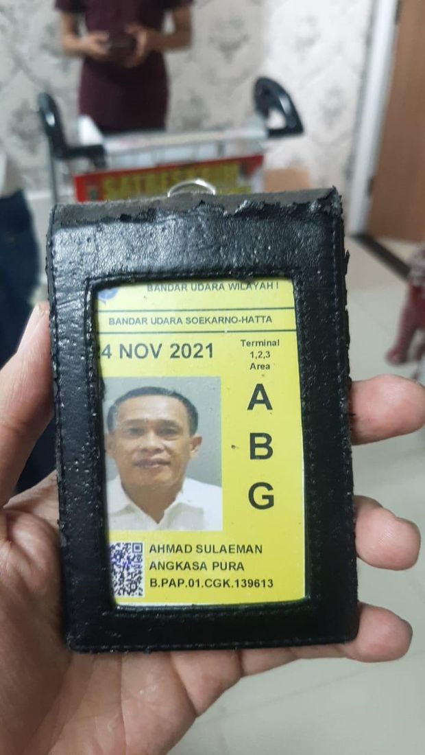 Kartu pas Bandara Soekarno-Hatta atas nama Ahmad Sulaeman, protokoler AP II. Foto dikirim Kasat Reskrim Polresta Soetta