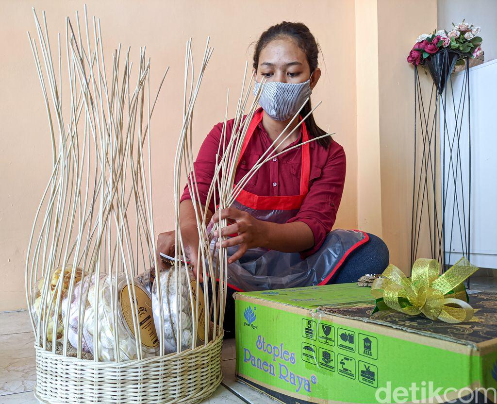 Mudik Dilarang, Permintaan Hampers Kue Kering di Kulon Progo Melejit