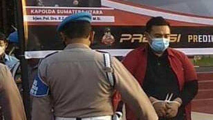 Penampakan para tersangka kasus dugaan alat tes antigen bekas di Bandara Kualanamu