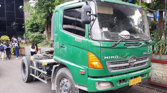 Truk trailer yang dikemudikan bocah 12 tahun diamankan di Polda Metro Jaya