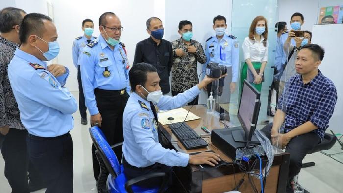 Urus Paspor Kini Bisa di Mal Ciputra World