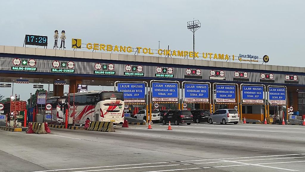 Sabtu Petang, 14 Ribu Kendaraan Tinggalkan Jakarta Via GT Cikatama