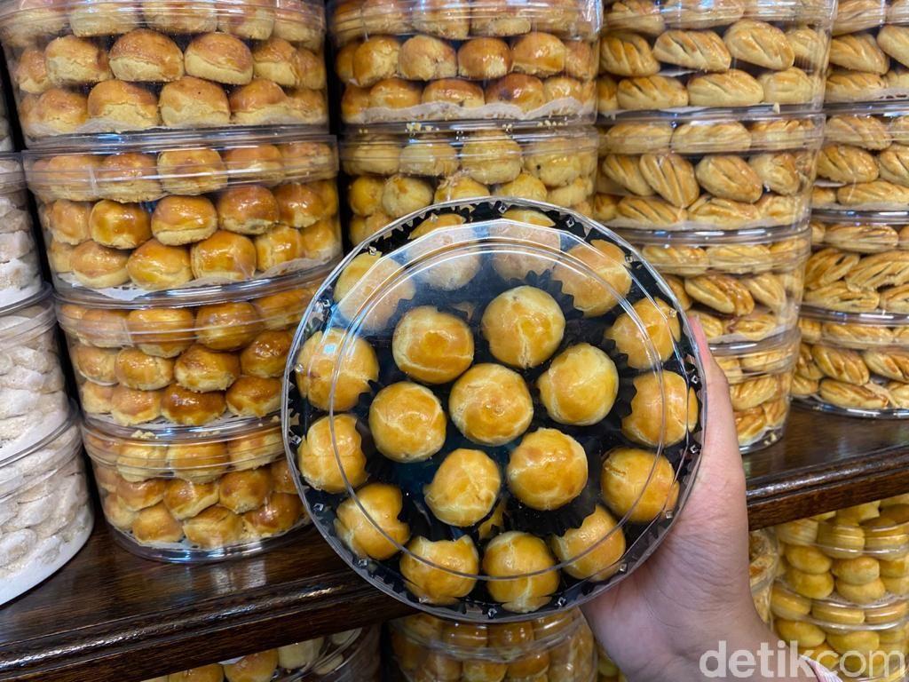 Adu Rasa 3 Kue Nastar Curah di Pasar Mayestik, Mana yang Enak?