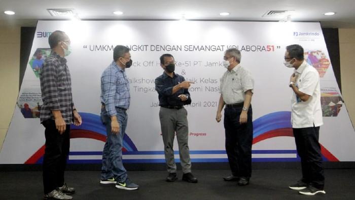 """Dalam rangka memperingati HUT Jamkrindo ke-51, Talkshow Interaktif """"UMKM Naik Kelas untuk Tingkatkan Ekonomi Nasional"""" digelar di Gedung Jamkrindo, Jumat (30/4)."""