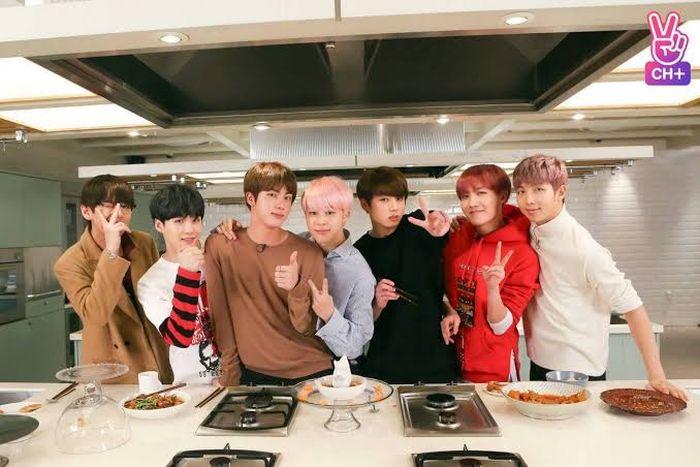 'Butter' BTS Sukses Bikin Penasaran, Ini 10 Momen Makan Enak Member BTS