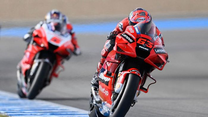 JEREZ DE LA FRONTERA, SPAIN - APRIL 30: Francesco Bagnaia of Italy and Ducati Lenovo Team leads the field during Free Practice for the MotoGP of Spain at Circuito de Jerez on April 30, 2021 in Jerez de la Frontera, Spain. (Photo by Mirco Lazzari gp/Getty Images)