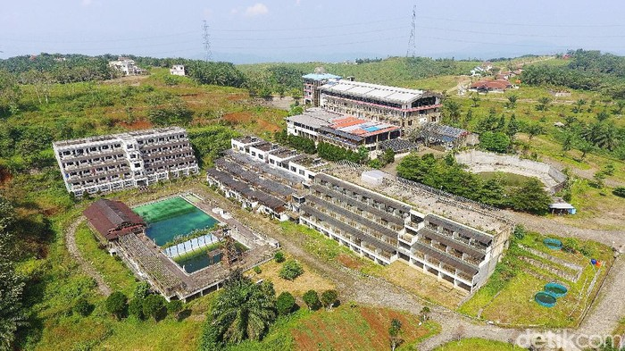 Proyek Bukit Algoritma yang disebut bakal jadi Silicon Valley-nya Indonesia berada di kawasan perkebunan sawit di Cikidang, Sukabumi, Jabar. Begini penampakan lokasinya dari udara.