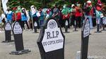Penampakan Kuburan UU Cipta Kerja