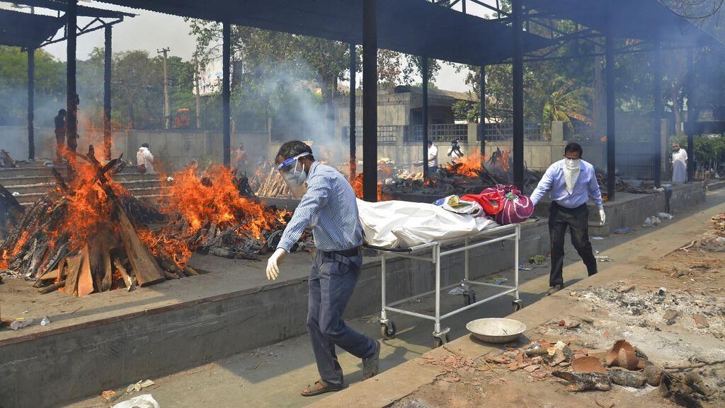 Corona Mengganas, India Catat Lebih dari 4.000 Kematian dalam 24 Jam!