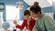 4 Tips Mendidik Anak agar Mandiri, Bisa Dilakukan Orang Tua Sejak Dini