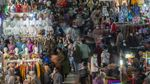 Aduh! di Tengah Pandemi, Pasar Tanah Abang Penuh Sesak