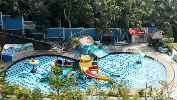 Secara konsep, resort ini ramah untuk anak dan keluarga. Menurut pengelola, anak adalah Raja yang harus dilayani sebaik-baiknya.