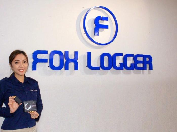 Fox Logger memiliki alat yang bisa memantau pergerakan kendaraan secara real time dan ampuh mematikan kendaraan dari jarak jauh bila terjadi pencurian.