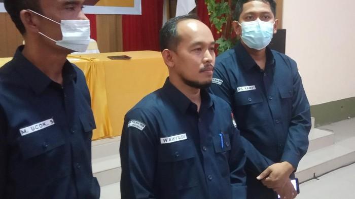 Ketua KPU Labuhanbatu, Wahyudi