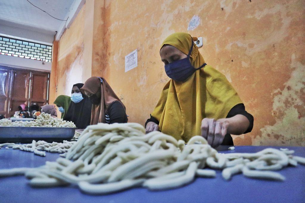 Kriuk Renyah Otere-otere Khas Makassar Jadi Camilan Favorit Lebaran