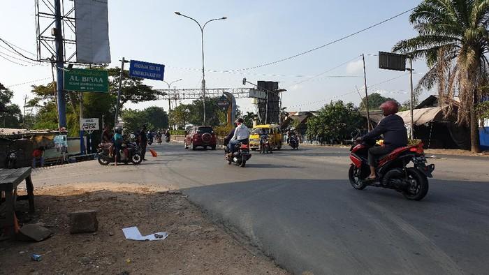 Perbatasan Bekasi-Karawang jelang larangan mudik 2021