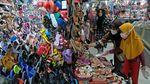 Foto Lautan Manusia di Pasar-pasar Berbagai Daerah