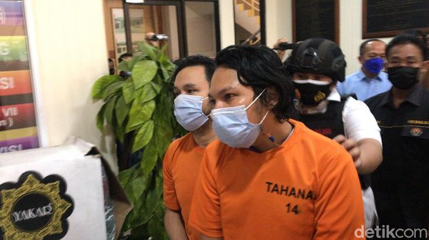Daniel Mardhany ditangkap karena narkoba