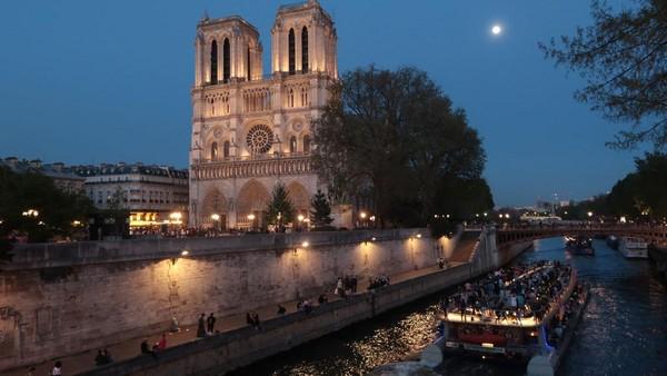 Prancis melarang penerbangan dari India, Brasil, Cili, Argentina dan Afsel. Sean Gallup/Getty Images
