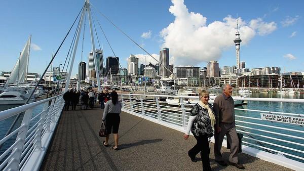 Selandia Baru. PM Jacinda Ardern melarang traveler dari India sampai 28 April. Phil Walter/Getty Images
