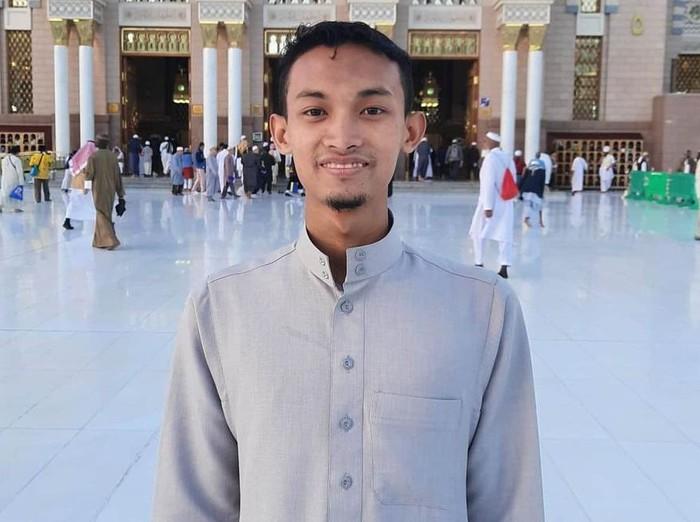 Hafiz Asal Mojokerto yang Terpilih Jadi Imam Masjid di Uni Emirat Arab