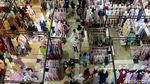 Foto: Thamrin City yang Ramai Dikunjungi Warga Jelang Lebaran
