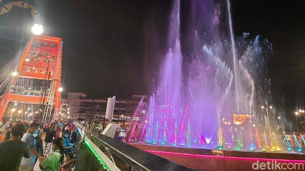 Jembatan Sawunggaling Diresmikan, Warga Surabaya Berasa Punya Hiburan Baru