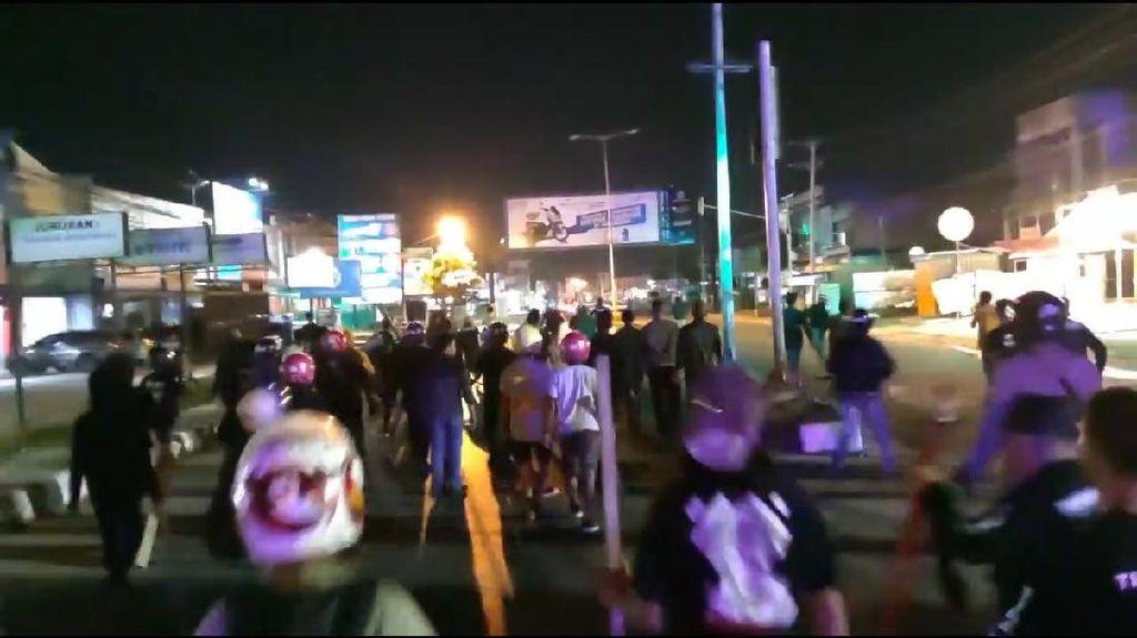 Gegara Lahan Parkir, Kelompok Pemuda di Kendari Bentrok!