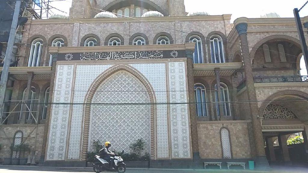 Masjid Agung Al Hidayah Malang Bergaya Arsitektur Hagia Sophia Turki