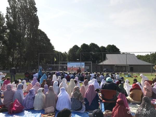Suasana shalat Idul Fitri sebelum pandemi