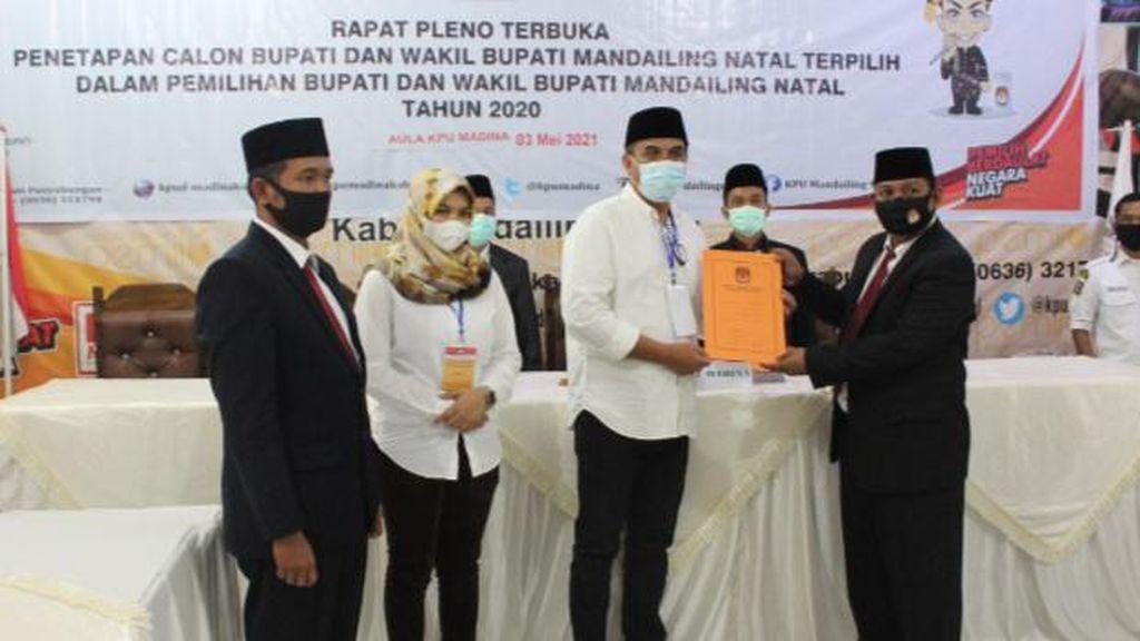 KPU Tetapkan Jafar-Atika sebagai Bupati-Wabup Terpilih Madina