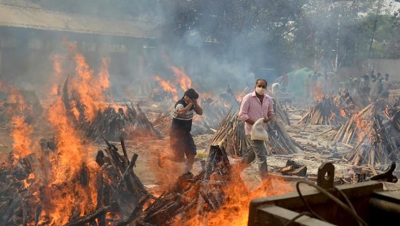 Akun Resmi Partai Komunis China Membandingkan Peluncuran Roket Dengan Kremasi Massal di India