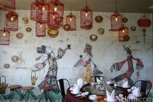 Chinese restoran ini seakan jadi pelepas rindu tamu-tamu yang rindu dengan makanan dari sana.