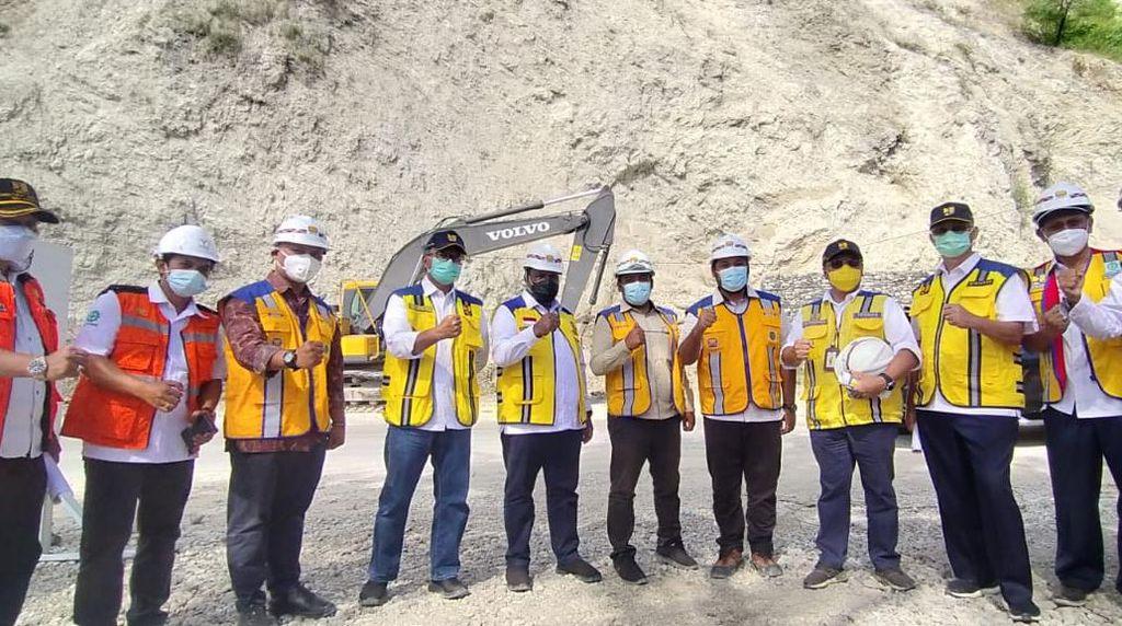 Brantas Abipraya Bangun 10 Km Jalan di Kupang Pascabencana