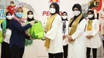 Dharma WanitaKemenpora Bagikan 287 Paket Sembako ke Tenaga Honorer