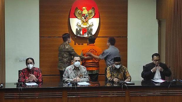 Konferensi pers kasus suap eks pejabat Ditjen Pajak (Azhar-detikcom)