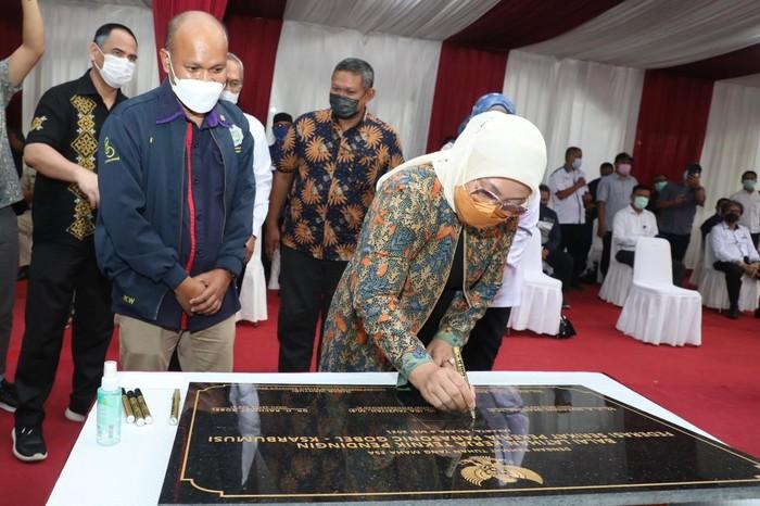 Menteri Ketenagakerjaan Ida Fauziyah meresmikan BLK Komunitas milik Federasi Serikat Pekerja Panasonic Gobel (FSPPG) Sarbumusi.