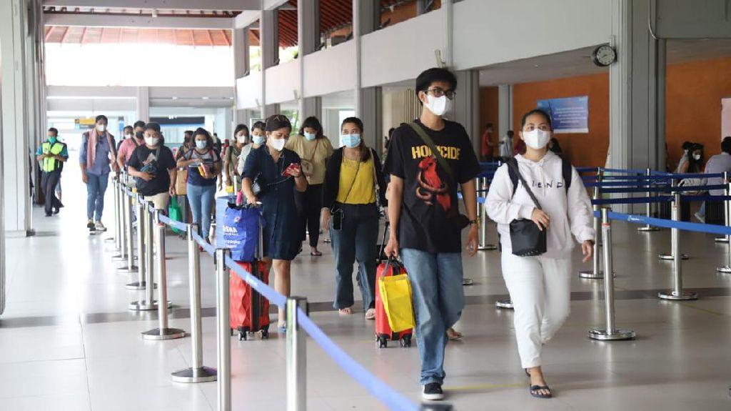 PelakuPerjalanan ke Bali Bakal Di-swab Antigen Secara Acak