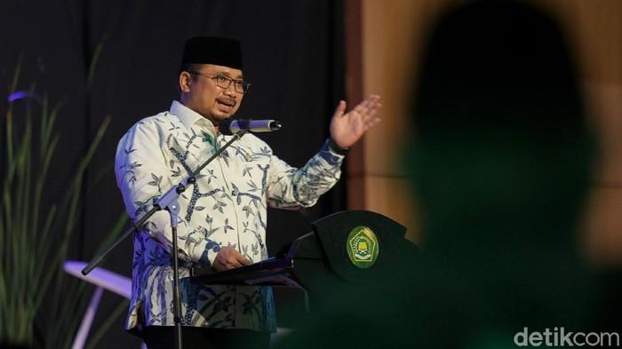 Menteri Agama Yaqut Cholil Qoumas meluncurkan program Peta Jalan Kemandirian Pesantren di Auditorium HM Rasjidi, Gedung Kemenag, Jakarta.
