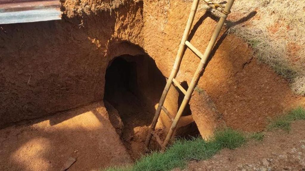 Rumah Bawah Tanah Kakek Zainuddin Dinilai Berbahaya, Ditegur Kades-Babinsa