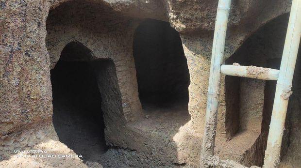 Rumah di bawah tanah kakek di Bone, Sulsel.