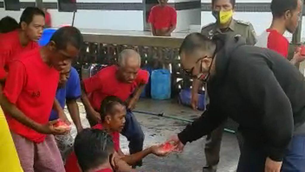 Pria Bodohkan Pengunjung Mal Bermasker Dihukum Ringan, Satgas: Sudah Sesuai
