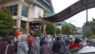 1.641 Guru Belum Terima Gaji dan SK Kontrak Geruduk Disdik Makassar