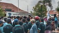 Warga Geruduk BPN Purworejo, Tuntut Uang Ganti Rugi Bendungan Bener