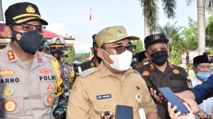 Bupati Pekalongan Asip Kholbihi dan Kapolres Pekalongan, AKBP Darno, Rabu (5/5/2021).