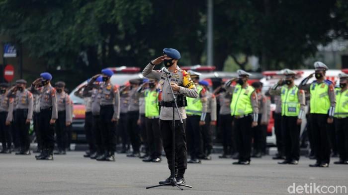 Polda Metro Jaya akan menggelar operasi Ketupat Jaya 2021. Operasi ini untuk mendukung kebijakan pemerintah soal larangan mudik.